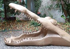 Jaw crocodile paper mache,need to make these for my garden