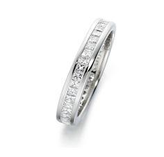 18Ct White #Gold #Diamond #Ring (£2,394.00) #bridaljewellery #weddingring