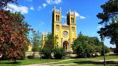 Ezek Magyarország legszebb templomai | Mert utazni jó, utazni érdemes... Merida, San Francisco Ferry, Building, Van, Travel, Viajes, Buildings, Destinations, Traveling