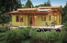 Aceste proiecte de case cu amprenta de 80 mp sunt optiunea ideala pentru cei care vor un spatiu de locuit functional cu costuri reduse.