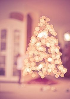 A pink christmas? Christmas Time Is Here, Merry Little Christmas, Christmas Is Coming, Christmas Love, All Things Christmas, Winter Christmas, Pink Christmas Lights, Celebrating Christmas, Xmas Lights