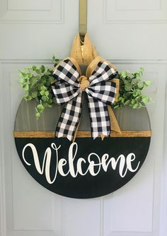 This would make a great accent to any front door. It is perfect farmhouse decor and can be customized with different wording. Add your last name and est date for a personal touch. Custom Door Hangers, Fall Door Hangers, Halloween Door Hangers, Wooden Door Signs, Diy Wood Signs, Fall Wood Signs, Wood Crafts, Diy Crafts, Decor Crafts