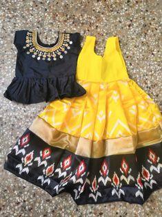 Long Dress Design, Baby Dress Design, Kids Frocks Design, Baby Frocks Designs, Mom And Baby Dresses, Dresses Kids Girl, Kids Blouse Designs, Kids Dress Wear, Baby Girl Dress Patterns