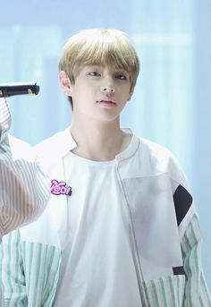 [170223] BTS TAEHYUNG @ Fansigning Alladin #You_Never_Walk_Alone
