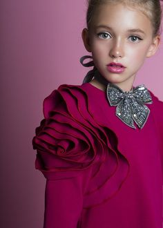 ALALOSHA: VOGUE ENFANTS: Must Have of the Day: Airfish Christmas Dress