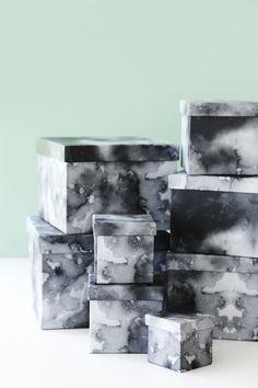 New boxes. Price from DKK 6,90 / € 0,99 / SEK 9,80 / NOK 9,40 #æsker #vandfarve #boxes #new #interior #interiør #sostrenegrene #søstrenegrene