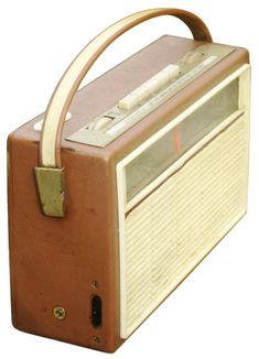Finnegan P. Radio inside the house (imagine black&white