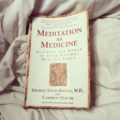 Want to meditate but have a hard time getting started (or staying motivated to keep it up?)  This book is my favorite tool for keeping up with a meditation practice. On the blog - 5 reasons why I can't get enough of this book http://thelotusroot.com/i-want-to-meditate-but/
