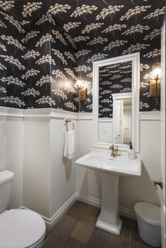Alcove, Small Spaces, Bathtub, Vibrant, Design Inspiration, Ceiling, Curtains, Shower, Standing Bath