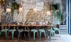 La petite Mangerie, resto à tapas, 5 rue de Bretagne, 75003 Paris Tél : 0142771163 ( réservation très conseillée ) Ouvert de midi à minuit du mardi au dimanche.