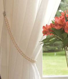 Gold chains as curtain ties (on white curtains like these)? With an anchor or key as a tie back Curtain Holder, Curtain Tie Backs, Diy Curtain Holdbacks, Curtain Accessories, Home Accessories, Country Curtains, Beaded Curtains, Curtains With Blinds, White Curtains