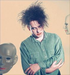 x Robert Smith,  The Cure