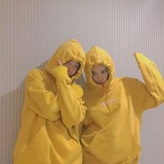Image de ulzzang, yellow, and couple