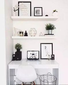Einfache DIY Small Bedroom Organisation und Storage Hacks, – home office organization diy Bedroom Desk, Home Decor Bedroom, Room Decor, Bedroom Inspo, Bed Room, Small Bedroom Office, Diy Bedroom, Bedroom Shelves, Bedroom Furniture