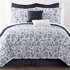 Liz Claiborne Eden Comforter Set and accessories