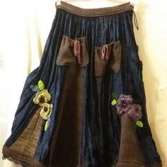 Unique/Gonna velluto riciclato inserti in tweed nuovo  fiori /Upcycled/Skirt velvet-tweed/Riciclo creativo/Bohochic/Shabby chic/Gipsy