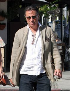 Andy Garcia Photos: Andy Garcia Takes His Daughters to Lunch