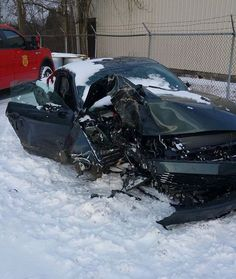 http://justthatfordguy.com/wrecked-2015-ford-mustangs-growing-popularity/