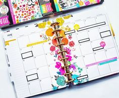 Creative & Beautiful Rainbow Floral Classic Happy Planner Weekly Layout Using the HP Fun Florals Sticker Book Planner Layout, Planner Pages, Planner Stickers, Planner Ideas, Mini Happy Planner, Planner Organization, Organizing, Best Planners, Planner Decorating