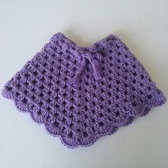 Crochet baby poncho. Baby poncho. Capa tejida de by Liliashairbows