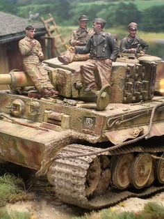 WWII 1/35 tank scale model with crew diorama.
