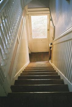 Love the old stairs. Next house would love one with old stair case and character