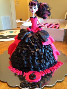 Draculara Monster High Birthday Cake.