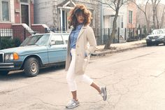 Polka dot chambray, white cropped pants and trench.