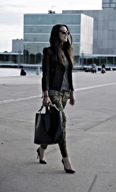 streetstyle - leather jacket, grey tee and camo pants *lovin the pants with the jacket
