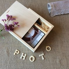 "Wooden photo box / 4"" x 6"" prints box / wood box for photos and usb flash drive / wedding photo box"