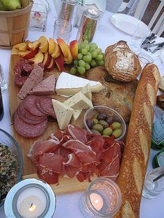 DIY Meat and Cheese Platter | The Most Beautiful And Tasty Party Platters For Every Occasion