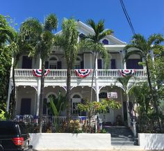 Tropical Key West Fourth of July decorations Key West House, Key West Florida, Victorian Cottage, Cottage Style Homes, Fourth Of July, Old Town, Old Houses, Porches, Gingerbread