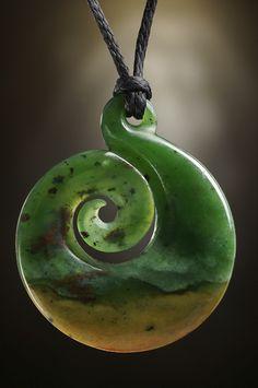 Pounamu Unikat Koru #Schmuck Anhänger aus Blumen #Jade