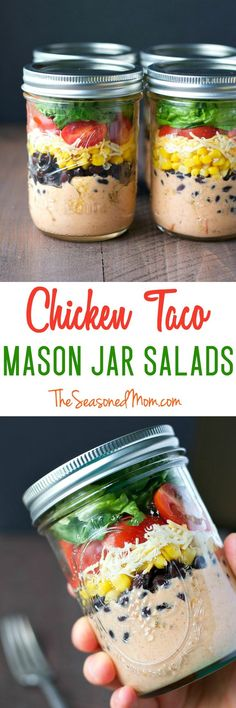 With only about 10 minutes of prep (and no cooking!) you can prepare these healthy Chicken Taco Mason Jar Salads to keep in your refrigerator for a busy week ahead! Whether you serve them as portable lunches or last-minute dinners these salads are loaded Mason Jar Lunch, Mason Jar Meals, Meals In A Jar, Mason Jars, Mason Jar Recipes, Healthy Snacks, Healthy Eating, Healthy Recipes, Lunch Recipes