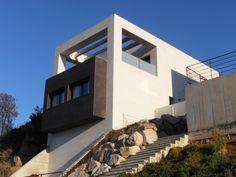 Ideas de #Exterior, estilo #Moderno color  #Blanco,  #Negro, diseñado por Dosgeuvearquitectura s.l.p.  #CajonDeIdeas