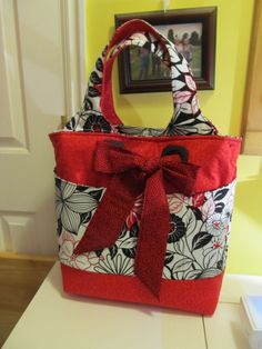 This is called My Favorite Bag and I have made over 50 of these bags and sold them ,