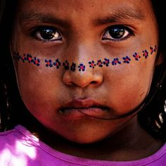 Seri Indian girl, Sonora, Mexico