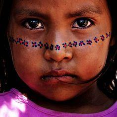 Seri Indian girl, Sonora, Mexico
