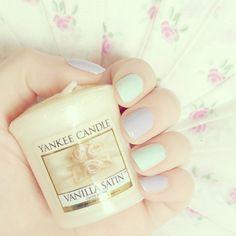 Mint and pastel violet/purple nails