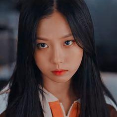 Korean Beauty Girls, Korean Girl Fashion, Sweet Home, Aesthetic Women, Lee, Korean Actresses, Korean Actors, Kdrama Actors, Girl Inspiration