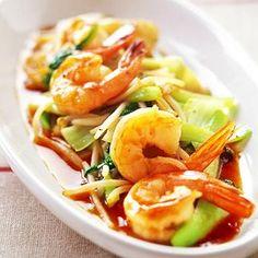 レタスクラブの簡単料理レシピ かくし味のマヨネーズでうまみ満点「えびとチンゲンサイのオイスターソース炒め」のレシピです。