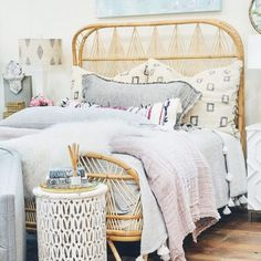 Boho chic bedroom plans may seem to be a bit challenging task as one has to plan and improvise according to the size of the room and provision of all the… Boho Chic Bedroom, Bedroom Decor, Bedroom Ideas, Bohemian House, Bohemian Decor, White Bedspreads, Coverlet Bedding, Church Interior, Bed Styling