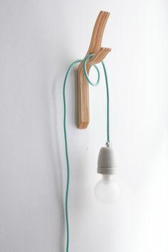 DIY hanging lamp // Hëllø Blogzine www.hello-hello.fr https://www.etsy.com/fr/listing/111138384/branch-wall-hooktwig-coat-hook-modern?ref=shop_home_active_20