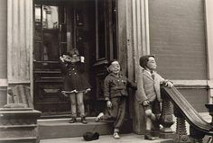 Best of the Best: Helen Levitt · Lomography