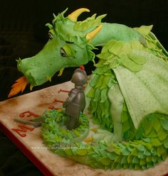 Dragon and knight cake Knight Cake, Knight Party, Beautiful Cakes, Amazing Cakes, Tooth Cake, Fantasy Cake, Dragon Cakes, Dragon Party, Cupcakes