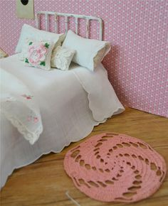 miniature, vintage dollhouse rug crocheted pink swirl for blythe or barbie