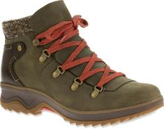 Inspired by the Merrell Crestbound hiking boots, these leather lace-up boots for women feature leather heel counters and rugged mountain style for any winter occasion. Available at REI, 100% Satisfaction Guaranteed.