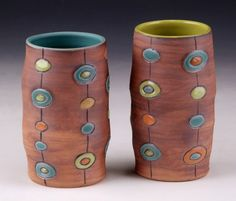 sarah mccarthy pottery, Little pops of color on brown cups with colored inside