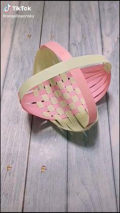Paper Crafts Origami, Paper Crafts For Kids, Origami Art, Craft Activities For Kids, Preschool Crafts, Diy Crafts For Girls, Fun Diy Crafts, Diy For Kids, Art N Craft
