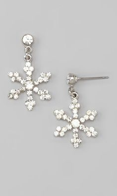 Silver Snowflake Earrings - had to pin these because the remind me of AJ lol ! @Kymm Perrone - remind you of anyone???